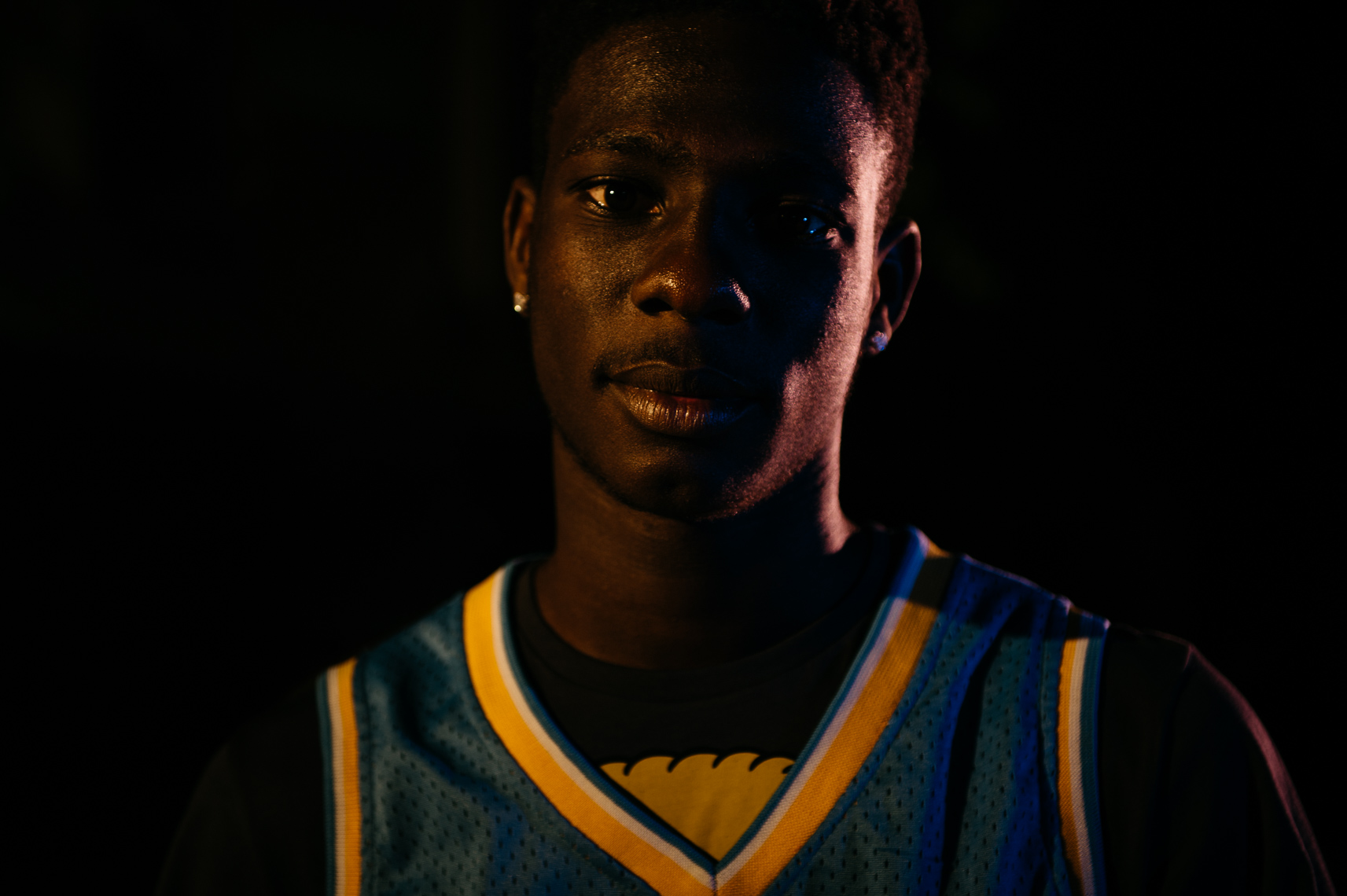 basketball-player-portrait-night-session